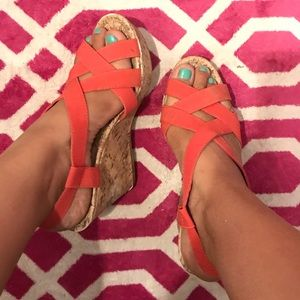 Coral color wedges!